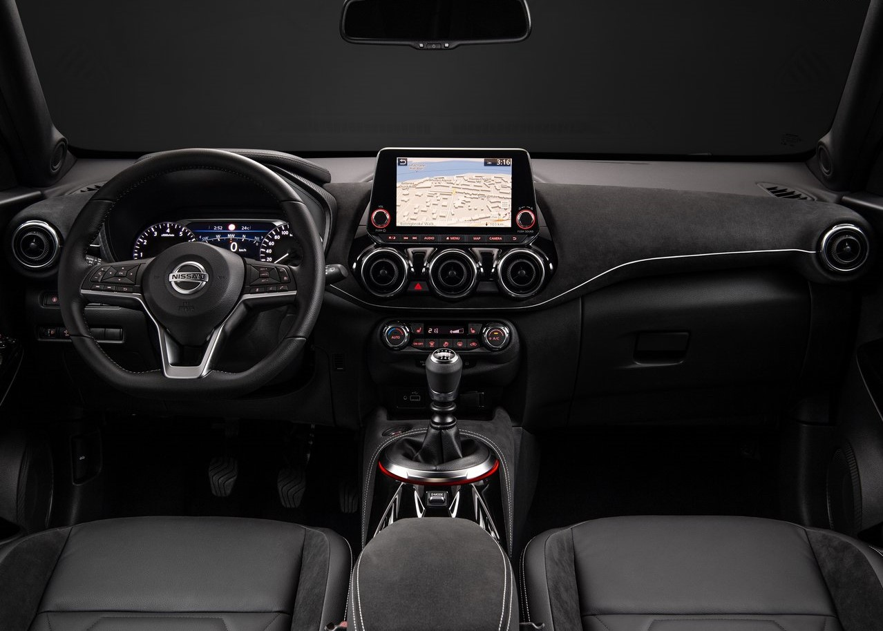 Nissan Juke ,reviewed by eZhire
