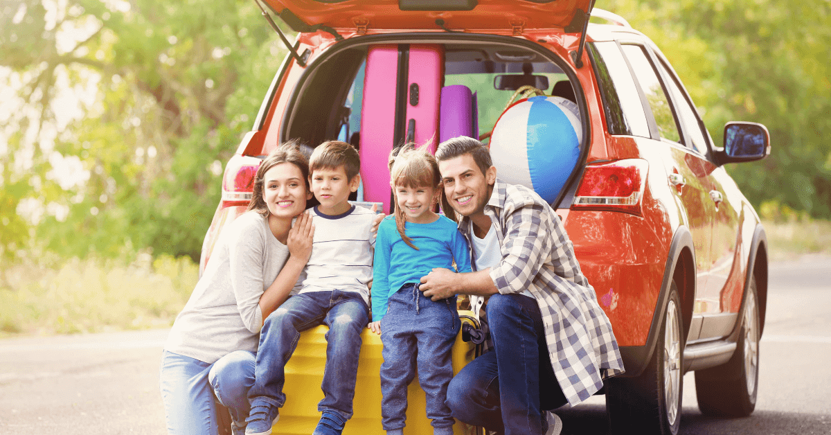 10 Reasons to Choose an SUV for a Family Trip,rent a car in Dubai with no security deposit,eZhire.ae
