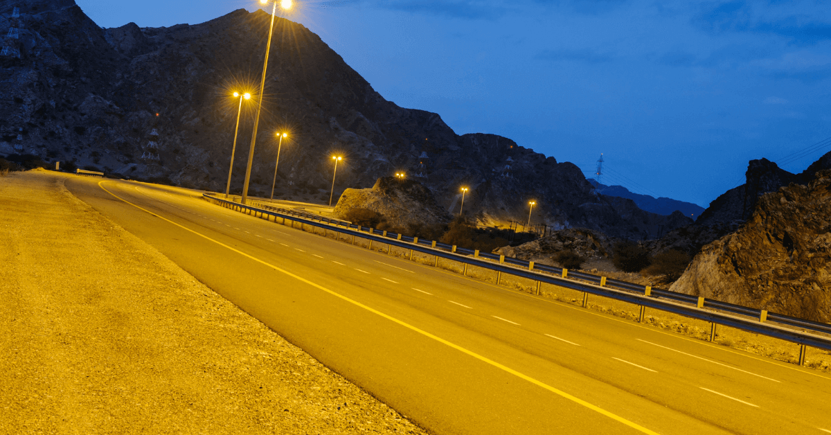 8 Tips to drive in Oman,rent a car in Oman with daily,weekly and monthly affordable rental,eZhire.ae